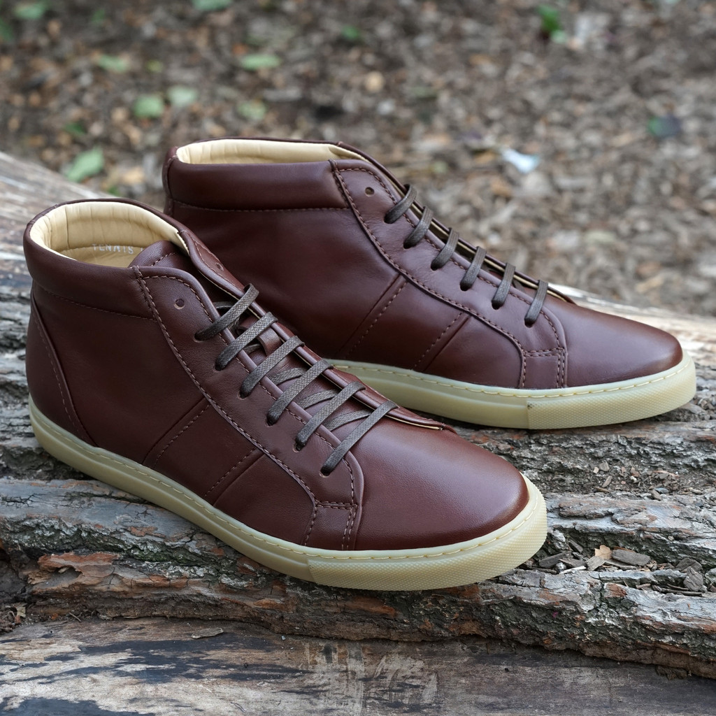 Epaulet-Tennis-Trainer-Hightop-Brown